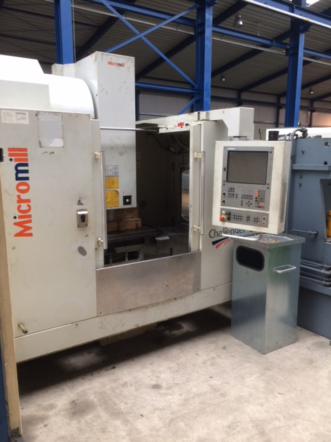 CENTRE D'USINAGE VERTICAL MICROMILL CHALLENGER V20