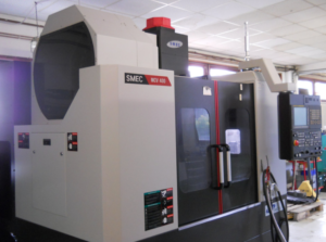 CENTRE D'USINAGE VERTICAL SAMSUNG SMEC MCV 400